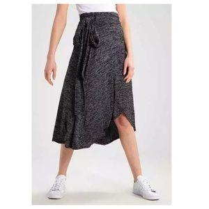GAP Softspun Marled Jersey Wrap Midi Skirt